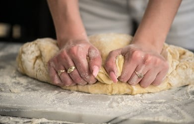 kneading-the-paska
